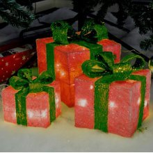 3 x Red LED Battery Powered Light Up Glitter Sparkle Christmas Present Boxes Parcel