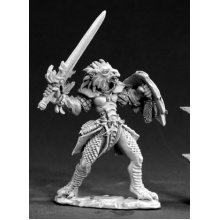 Reaper Dark Heaven Legends 03403 Na'Kaat, Female 1/2 Dragon